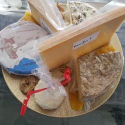 N'hésitez pas à me contacter pour créer votre plateau de fromage
